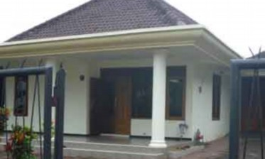 Arjuna Home Stay in Tumpang village - Malang, East Java - Indonesia